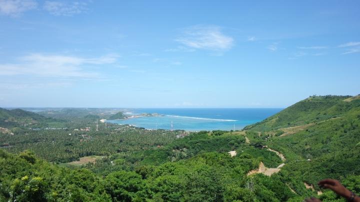 pemandangan pantai kuta dari ashtari resto