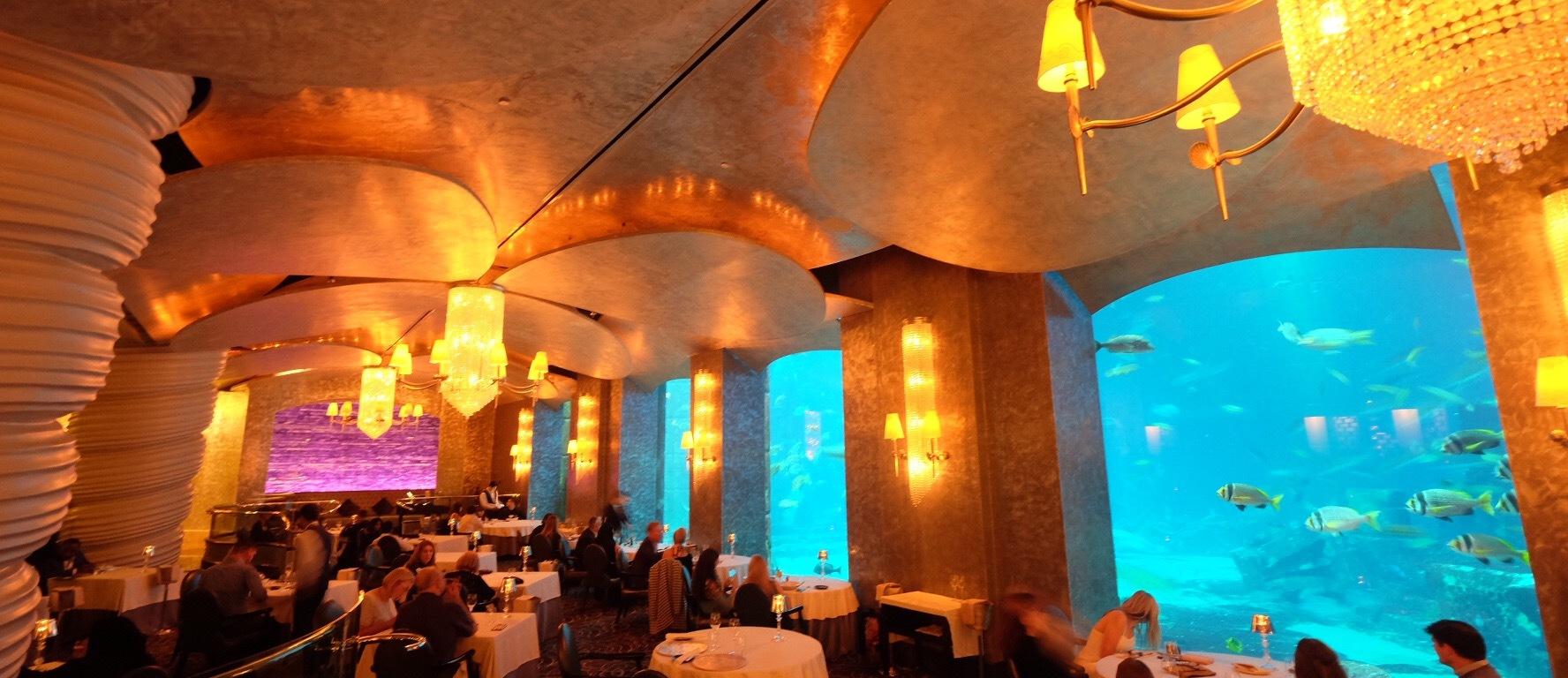 Ossiano Restaurant Sensasi Makan Malam Di Dubai Seharga Rp 4 Juta Meja Amber